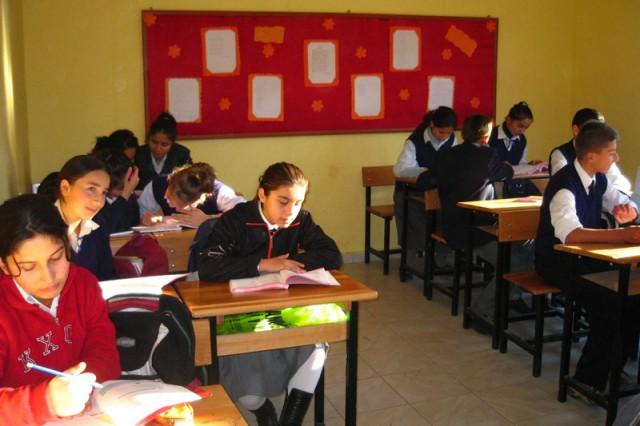 omer-hekim-ilkogretim-okulu-2