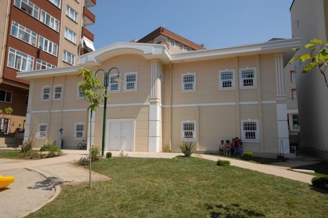 Üsküdar Municipality Family Healthcare and Kindergarden Building